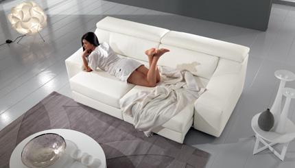 Мягкую мебель  италия
